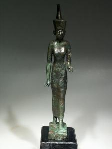 Bronze statuette of Nit. Those familiar with Mesopotamian cult objects might note the striking similarity to effigies of Ba'al.