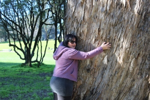 Certified Tree Hugger, reporting for duty in Golden Gate Park. I have no idea what kind of tree that was but it was infinitely huggable!