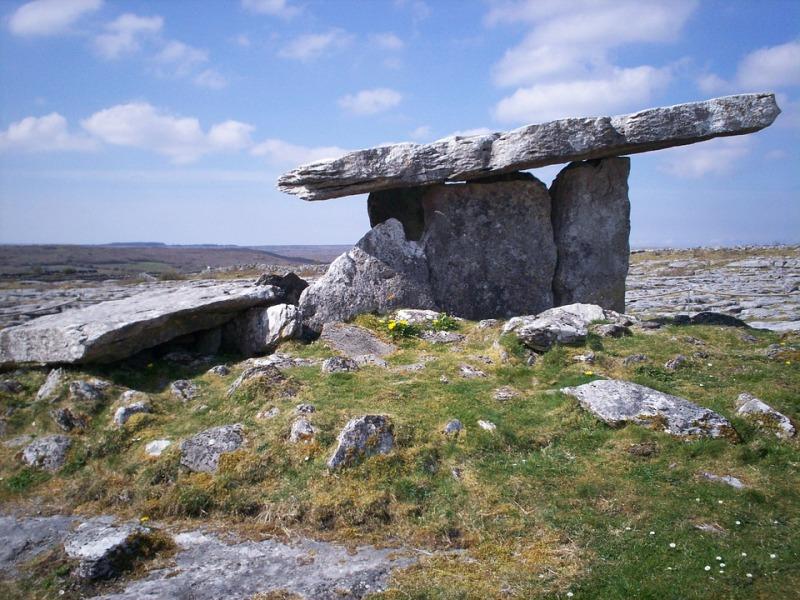 dolmen-474072_960_720