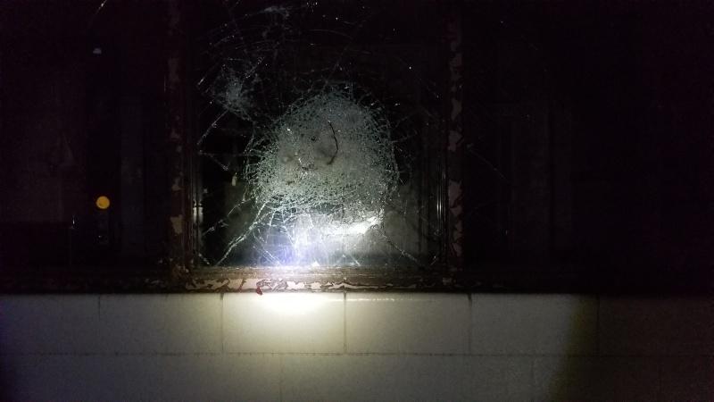 20181104_010710_smashed glass_resized.jpg