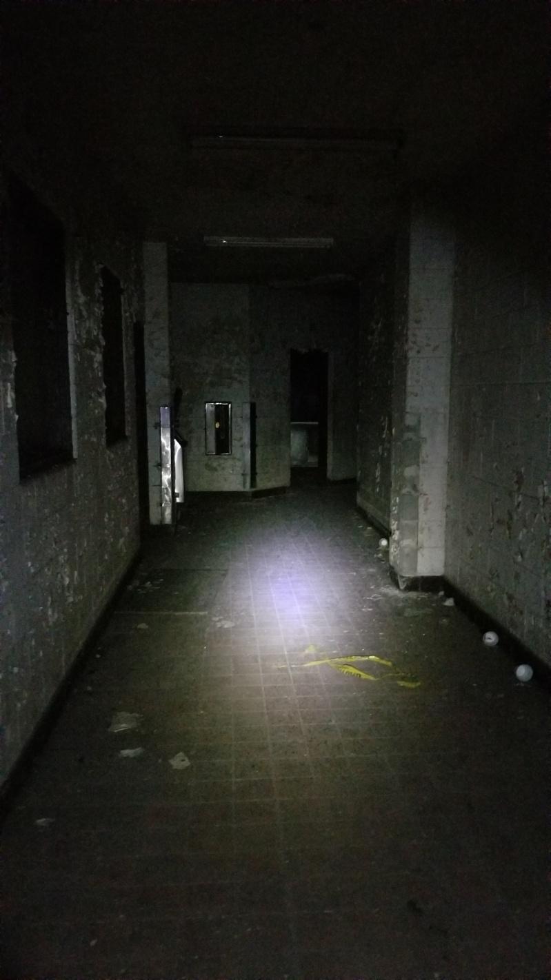 20181104_010830_cafeteria corridor_resized.jpg