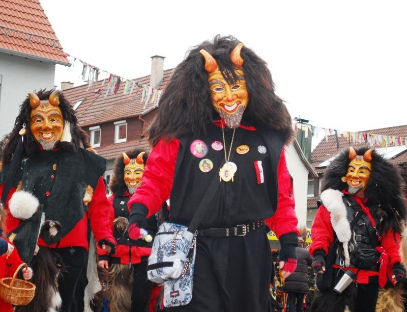 carnival-274569_1920